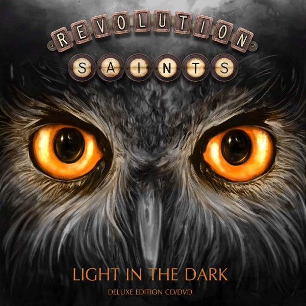 Light in the dark (Deluxe Edition)